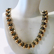 Hunter Green and Light Gold Woven Crystal Necklace
