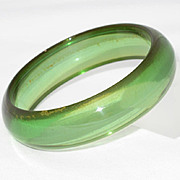 Vintage BAKELITE carved Bangle BRACELET rootbeer swirl