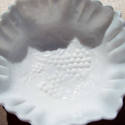 Large Imperial Glass Grape pattern Bowl
