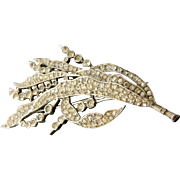 Trifari 1941 numbered Big Rhinestone Pin Brooch