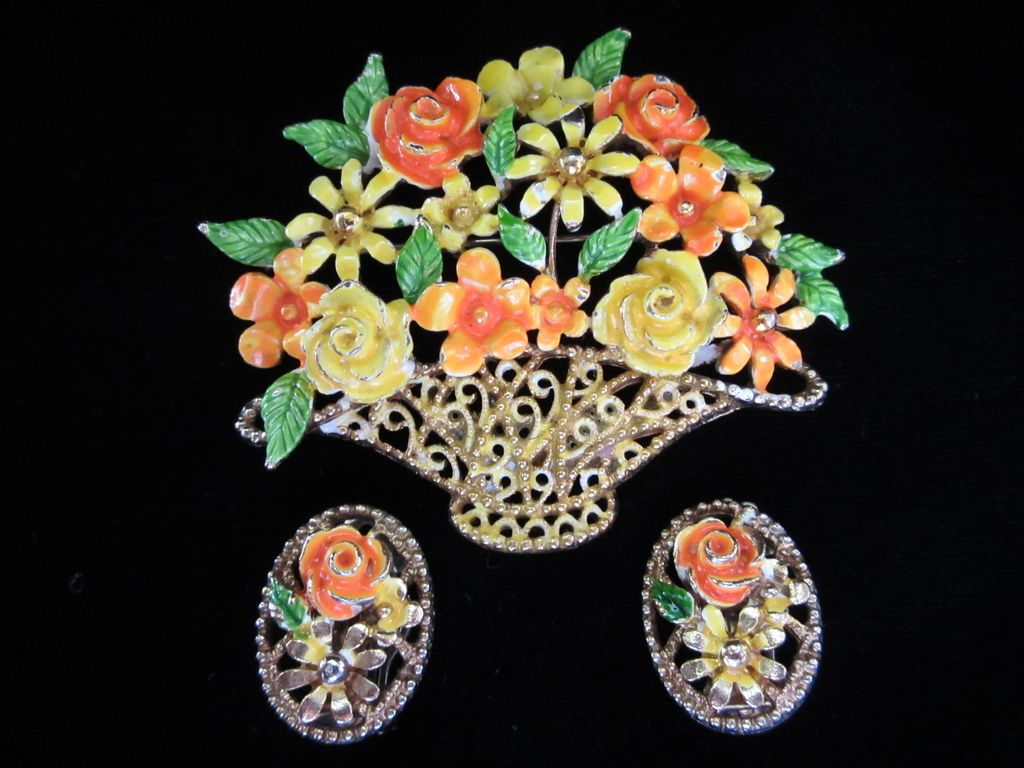 Vintage Lisner Bright Enamel Flowers in Basket Demi Brooch and Earrings Set --- 20% OFF