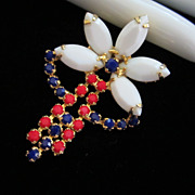 Vintage Patriotic Milk Glass Pin Brooch