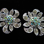 Vintage Sarah Coventry Rhinestone Flower Earrings