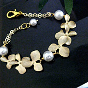SOLD Orchid Bracelet 14K Gold Filled Swarovski Simulated White Pearl Wedding Bridal Bridesmaid