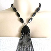 Art Deco Jet Black Bead Necklace Lavalier flapper