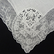 Vintage Lace Bridal Wedding Hankie BEAUTIFUL