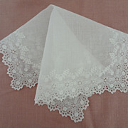 Hankie Hankerchief European Very ornate White