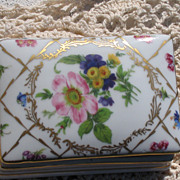 Vintage Porcelain French Royal Europe Hand Painted Trinket Box