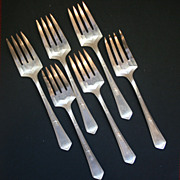 6 Vintage Rogers Silver-plate Forks, 1 butter knife, 1 spoon Pat Aug 3120