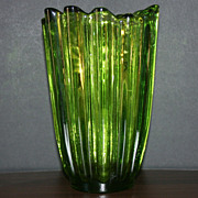 Blown Glass Emerald Green Finger Fluted Top Vase
