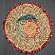 Vintage Multi Colored Wicker Straw Woven Hot Pad Trivet