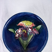 Moorcroft Pedestal, Conical Pin Dish In The Orchid Pattern 1950-83