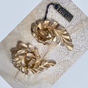 Crown Trifari faux gold leaf or mistletoe  design