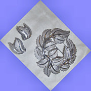 SALE Crown Trifari faux Silver leaf   pin / brooch and earring set
