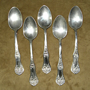 Vintage 1906 WM Rogers & Son Set of Five Silver Plated Tea Spoons with Floral Design