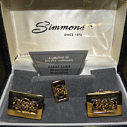 Vintage 1969 Simmons Karat Clad Scrolled Cufflinks & Tie Clasp in Original Box