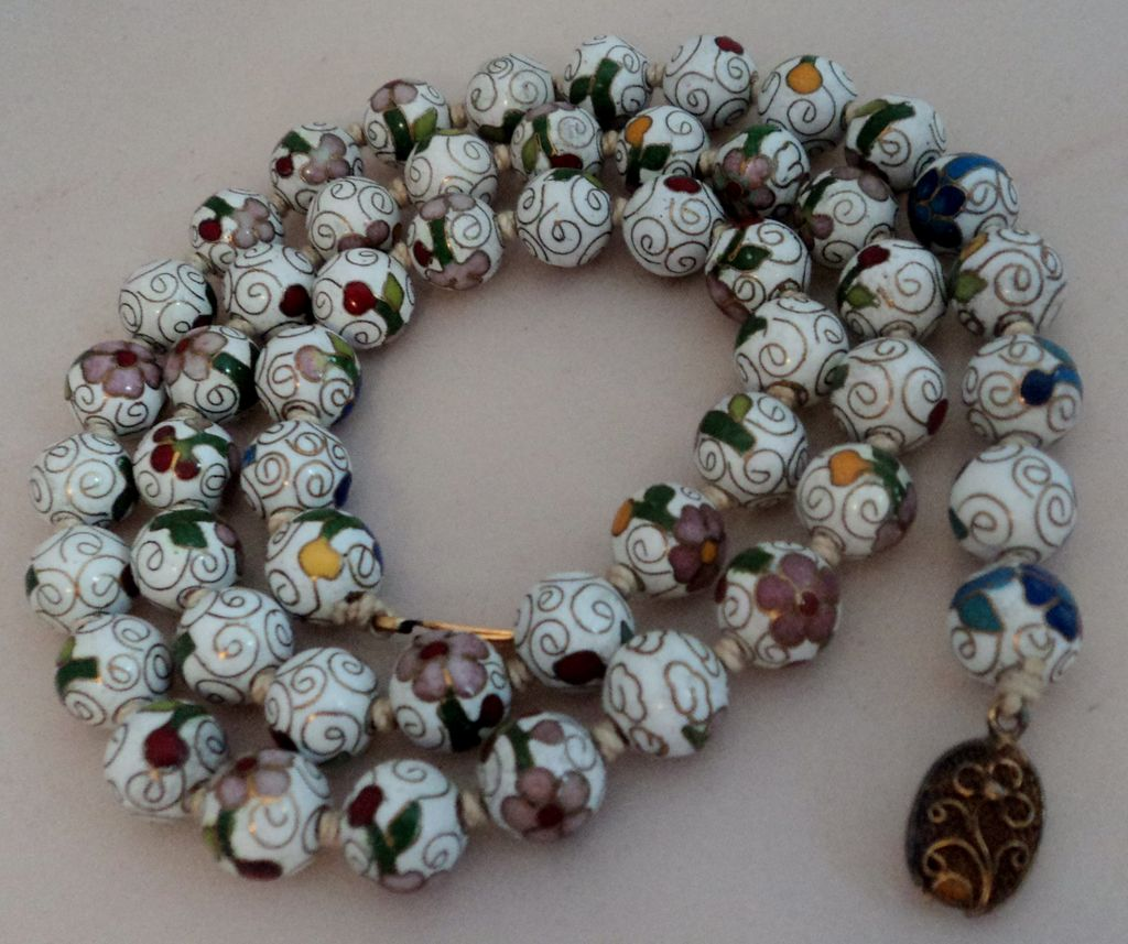 Chinese Export Floral Cloisonne Enamel Bead Necklace