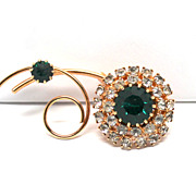 Vintage Green Rhinestone Flower Brooch / Pin