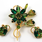 SALE Vintage Green Rhinestone Brooch / Earring Set Demi Parure