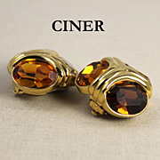 SALE Vintage Ciner Signed Rhinestone Clip Earrings