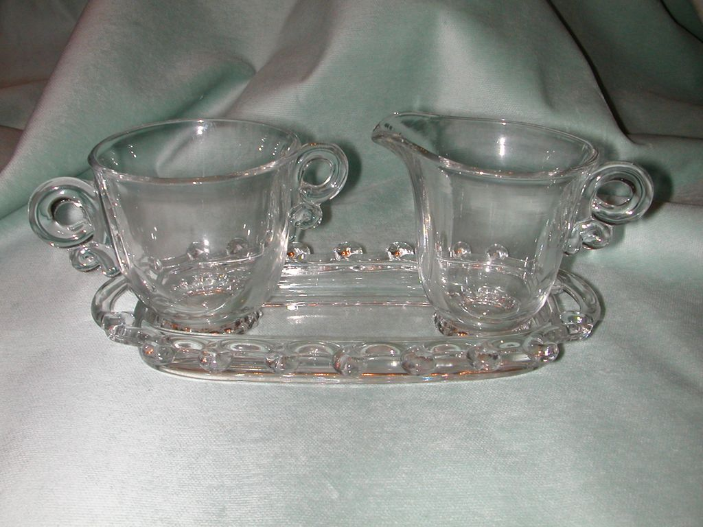 Heisey Lariat Creamer, Sugar and Tray Set.