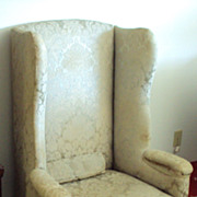 1700's Queen Ann Chair, Cabriole legs, Pad Foot