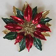 Gerry's Vintage Gold Tone Poinsettia Brooch