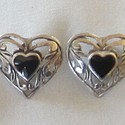 Great Vintage Pierced Sterling Silver Onyx Cabochon Heart Earrings