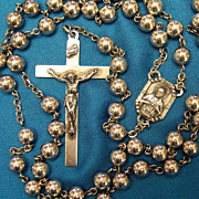 Superb Large 1942 Vintage Sterling Silver Rosary with Whiting & Davis Tagged Bag