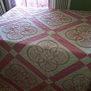 Vintage Pink & White Gorgeous Bedspread Double or Queen size