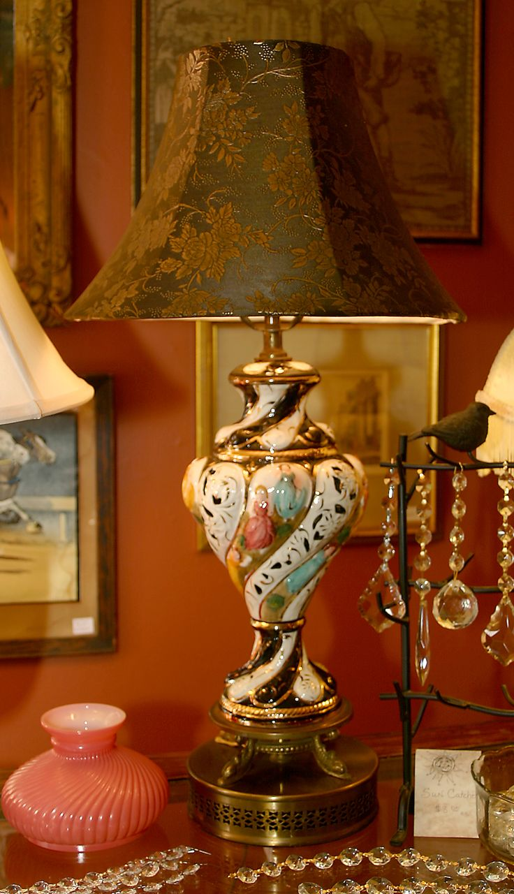 Capo Di Monte Table Lamp