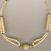 SALE Lovely Vintage Faux Bone Necklace