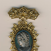 SALE Black Glass & Early Plastic Victorian Revival Cameo Pin - Gilt back - Victorian Revival