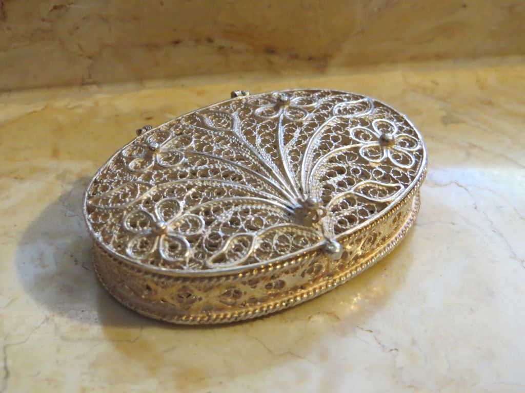 Art Nouveau Fine Filigree Oval Trinket Pill Box Signed EBC 925