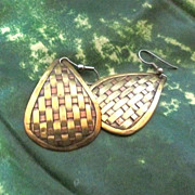 Vintage Mixed Metals Copper/Brass Basket Weave Hook Earrings