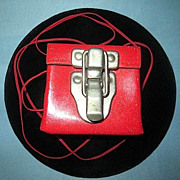 1970s Mod Stringed Red Box Change Purse with Drawbolt Latch