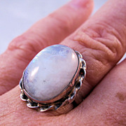 1970s Moonstone Sterling Silver Ring Size 9