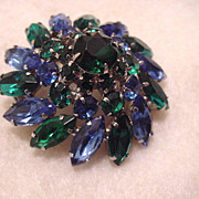 Large un signed Weiss domed brooch pin in greens and blues free shipping