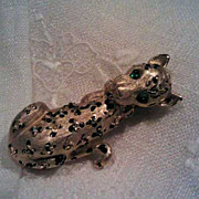 Signed Vintage Hattie Carnegie figural Cheetah Leopard brooch pin  with rhinestones