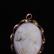 Vintage marked solid 10K gold cameo brooch c clasp may be antique