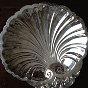SALE Baroque Wallace Silver Shell Bowl - 11-1/2&quot; long/10/12&quot;wide