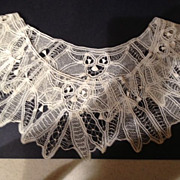 "Lace antique Collar - 5-1/2"" wide and 20"" round"