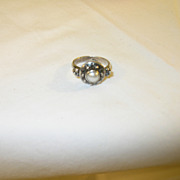 SALE Vintage Ring Sterling & Pearl