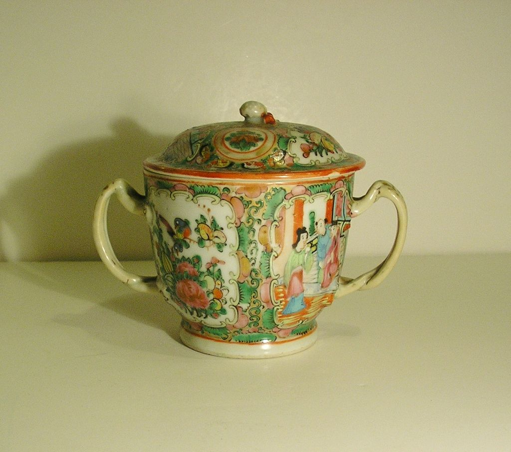 Rose Medallion Chinese Export Sugar Bowl