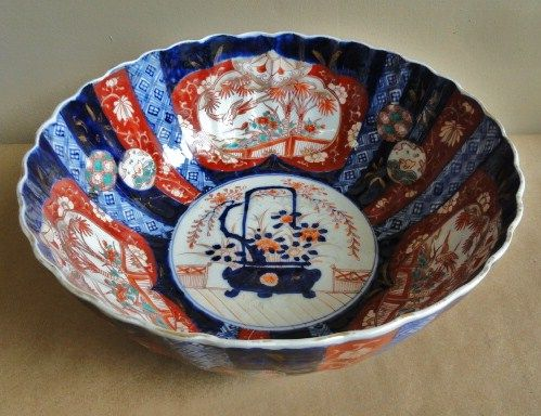 19th Century Large Japanese Imari Bowl