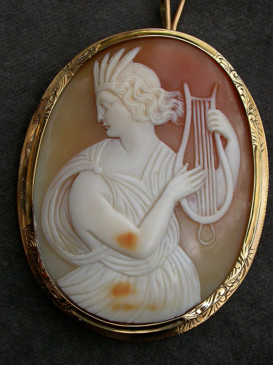 French antique 18k solid yellow gold Huge Mythological Hand-Carved Shell Cameo Pendant Brooch engraved frame in Original Box
