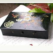 SALE French vintage art nouveau cart box jewelry box wood box black lacquer box coat of arms c