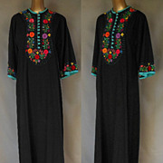Vintage 70s Rich Hippie Hand Embroidered Maxi Dress Caftan - Custom Made - Size M to L