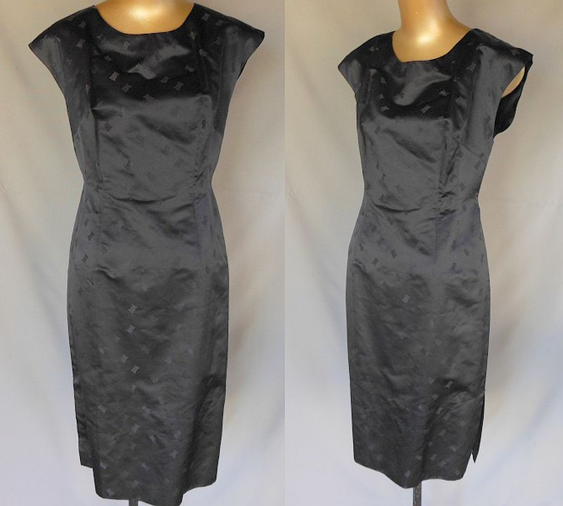 Vintage 50s Cocktail Party Sheath Wiggle Dress in Black Silk Satin Jacquard - Size L
