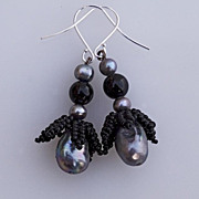 SALE Bud earrings in silver and black, cultured pearls and obsidian, 20% off!